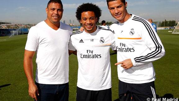 Ronaldo visitó Noticias al Real Madrid y a CR7 Noticias visitó y Eventos deportivas 95d2be
